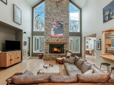 Photo for Massive Lodge Home at Cantigny Woods - Gorgeous Views!