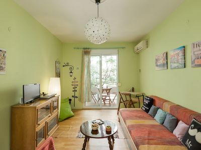 Photo for Lovely Comfortable Retro Home - WiFi!