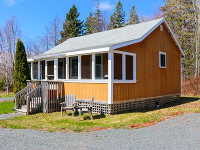 Photo for Cozy cottage on Tracadie Bay, PEI.  Close to many great attractions.