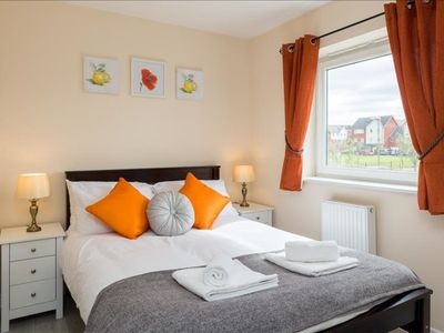 Photo for Luxury Two Bed Apartment With Parking