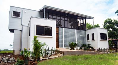 Photo for Affordable, Breathtaking Luxury! Private yet Close to Everything