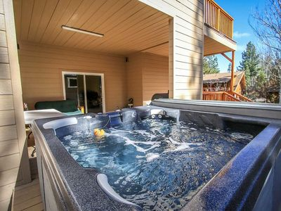 Photo for Mishka's Place Modern Packed 6 BR Chalet / Pool Table / Hot Tub