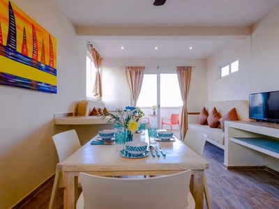 Photo for Vacation Rental 2 rooms Casasinplaya, A/C, Wifi, cable, pool, elevator,