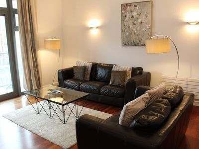 Photo for Week2Week Stylish Two Bedroom City Centre Apartment