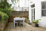 London Home 683, Picture This… Enjoying Your Holiday in a Luxury 5 Star Home in London, England - Studio Villa, Sleeps 6