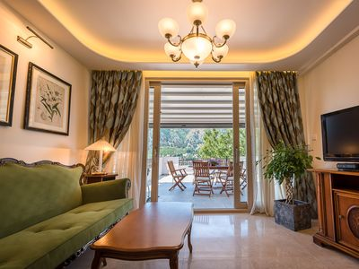 Photo for Elegant 2 Bedroom Residence with Sea Views