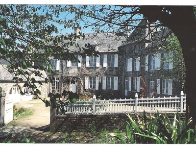 Photo for Under the chestnut cottages near the sea on the grounds of the manor Valciot