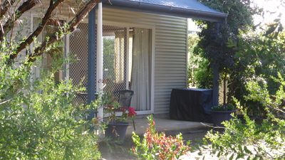 Island Chalet is in a secluded bush setting, 2 minutes from the beach