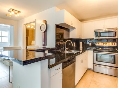 Photo for Brickell   Two-Bedroom Luxe Suite Water View   Sleeps 4 - RFH213