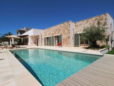 Photo for Air-Conditioned Home Close to Beach with Beautiful Design, Pool, Terrace, Garden & Wi-Fi