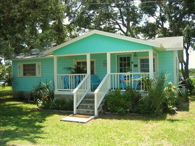 Super The Bonaire House Fun Waterfront Cottage With Private Dock Cedar Key Interior Design Ideas Ghosoteloinfo