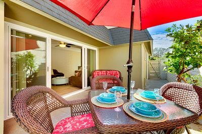 Brightly furnished patio on side of Sweet Spot 1!