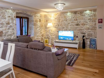 Photo for ctma1021/ Modern furnished apartment in center of Makarska, accommodates 4+1 persons, wi-fi, AC