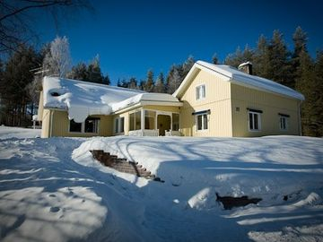 Hogbacka One beautiful lodge. A million reasons to stay, in Summer and Winter
