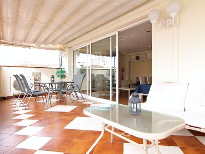 Photo for Fantastic top floor in the center of Sitges, with large terrace, A / A and Wi-Fi.