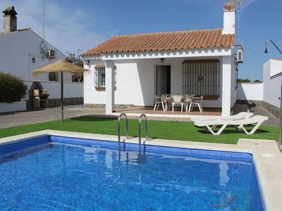 Photo for Air-Conditioned Home Close to Beach with Pool, Garden & Terrace; Parking Available