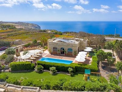 Photo for Nigred Villa, Sleeps 8 with Pool, Air Con and WiFi