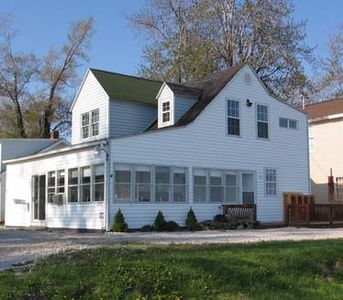 Photo for Shoreside Cottage:  Lakefront Charm for Your Vacation