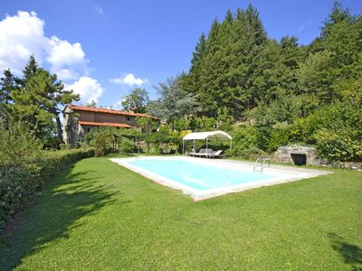 Photo for Private Villa with hot tub, WIFI, private pool, TV, terrace, panoramic view, close to Cortona