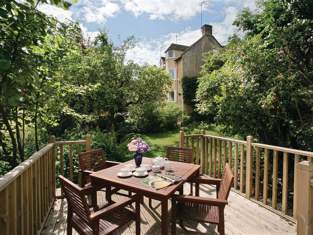 Beckwood Cottage Is Situated Just Three Mil Vrbo