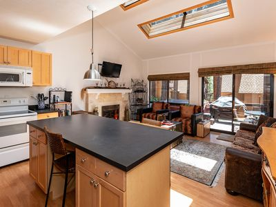1 Alpine Terrace - renovated condo with private hot tub