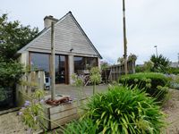 A very well equipped house in quiet excellent location
