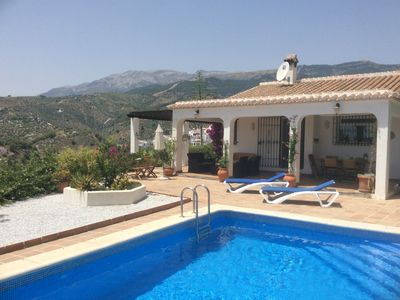 Photo for Beautiful 3 bedrooomed Villa with Private pool, stunning views, close to Competa