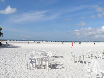 Photo for Ask about 10 day stay & pay for 7 in January. White sand better than white snow!