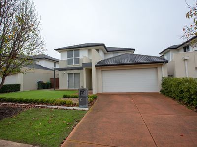 Photo for Superb Luxe 5BR house@Point Cook near lake