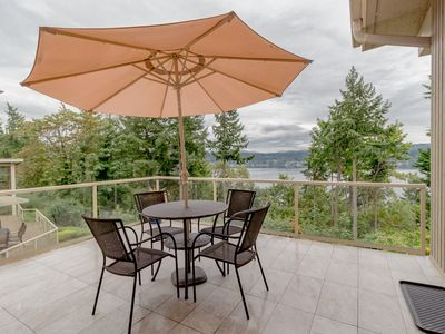 Photo for Scenic Lake View Guest House in Bellevue-A1