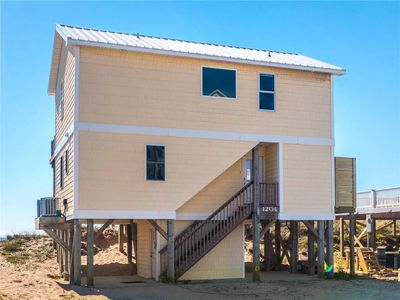Photo for Sunflower Beach House: 4 BR / 3 BA house in Surf City, Sleeps 8