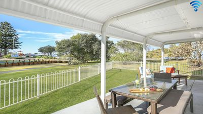 Photo for Kendalls Beach House - great family accommodation