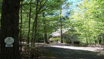 Photo for Catskill, HITS, Chalet in the Woods