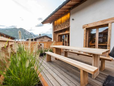 Photo for SiHO Chalet, 5 GOLD Flakes, 4 bdrms, 4 baths, SOUTH terraces