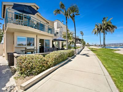 Photo for #3263-65 - BEACHFRONT -  Perfect for Family Reunions W/Patio and Terrace
