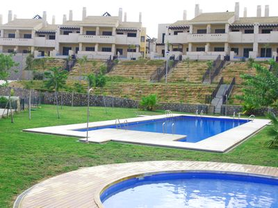 Photo for Luxury 2 bed apartment Oasis with splash & community pool