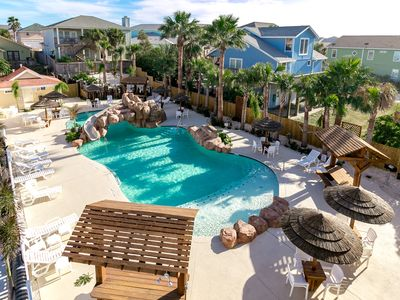Photo for Shark Keys: Free Golf Cart, Pool with Slide/Palapas, Blocks from Beach