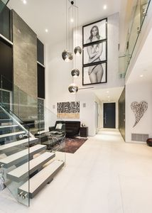 Photo for Modern 5 bd Luxury Home in the Heart of Los Angeles