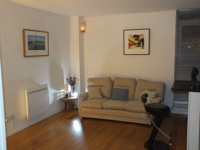 Photo for Double Bedroom ground floor flat near River Thames park and Park