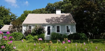 Spacious Cottage with English-Style Garden in Osterville Village, Cape Cod