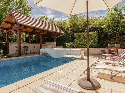 Photo for Nice detached house in the Dordogne with private heated pool.