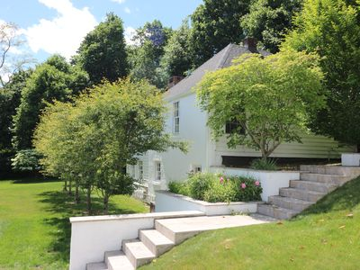 Photo for Stylish private cottage with stunning pool, spa, fire pit, huge stone fireplace