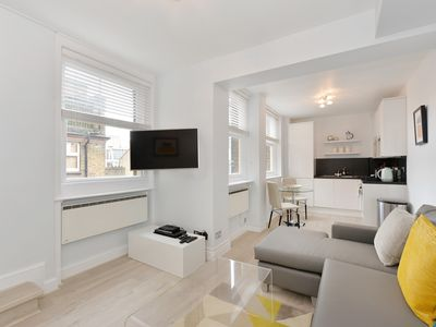 Photo for Premium one bedroom, Chiltern Street 8b