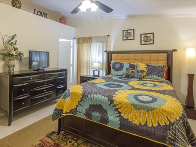 Photo for Cozy house in down town Clearwater 3miles Clearwater beach