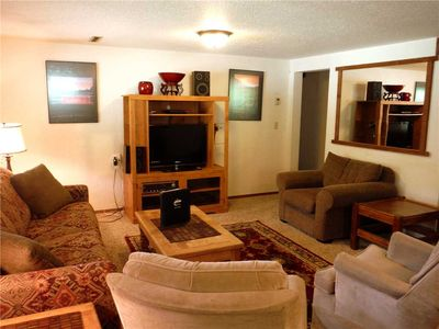 Photo for Prime 1-bedroom plus a den, 1-bath ski-in/out daylight basement property
