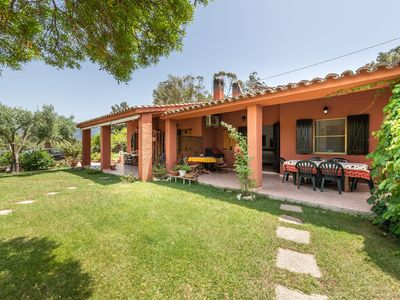 Photo for Mediterranean Villa with Air Conditioning, Garden and Terrace