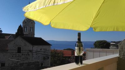 Photo for Studio flat with balcony and sea view Sumartin, Brač (AS-13285-a)