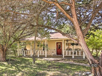Photo for Charming Home w/Porch Swing+Grill: 6Mi to Wineries