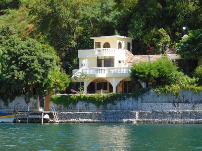 Gorgeous 3-Bed, Lake-Front Home on Beautiful Bay, San Marcos - Pasajcap