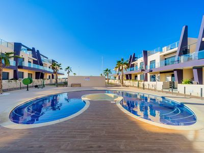 Photo for Luxurious apartment, up to 6 people, seafront, air conditioning, Wi-Fi, pool
